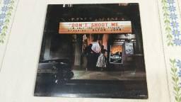 Disco de vinil Elton John - Dont Shoot Me Im  Only  The Piano Player.