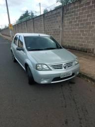 Vendo Renault Logan 1.0 flex (barato)