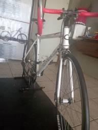 Bicicleta speed aro 700 para vender logo