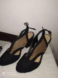 Sandália de salto Torricella
