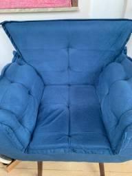 Poltrona Azul NOVA muito elegante