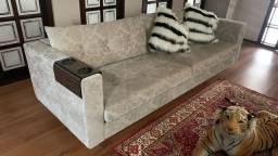 Vendo lindo sofá estofado bordado - Alto Padrao