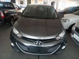 Título do anúncio: Hyundai HB20 Confort 1.0 / Ano 2015 / Km 78.000 / Impecável Valor R$43.990,00