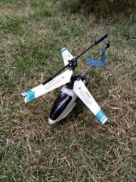Helicóptero Skyhawk