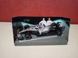 Miniatura Fórmula 1 Lewis Hamilton