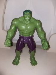 Hulk - 30 Cm - Marvel - Avengers - Hasbro