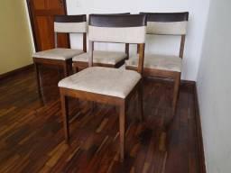 Quatro Cadeiras Mobiliadora Lider p/ Mesa de Jantar! Móveis de Qualidade. Pesadas! Leia!