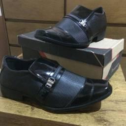 Sapatos social zap *