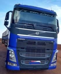 Título do anúncio: Caminhão Volvo Fh540!