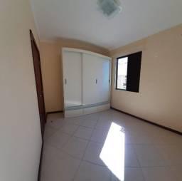 Apto 03 dormitórios c/ suite, garagem excelente localização.