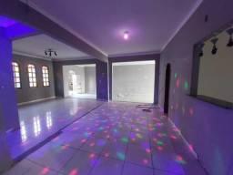 Casa no Vieiralves, 4 qtos, 300 M², Ponto Comercial, casa de esquina.