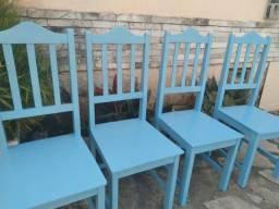 Cadeiras de Madeira!