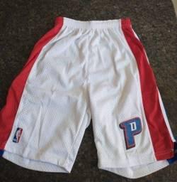 Título do anúncio: Shorts NBA original Pistons