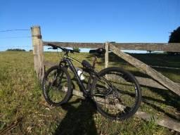 Bicicleta J Snow aro 29 semi usada 2018