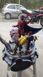 Diorama magneto vs Wolverine
