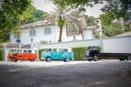 Kombi Customizada - Brazilian VW Vans