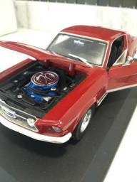 Mustang Fastback gta 1967 Maisto