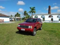 Jeep Gran Cherokee Laredo 98 4x4 c/ gnv. Extra. Restaurada