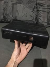 Xbox 360 V/T em som de mala