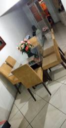 Mesa de jantar vidro com cadeiras