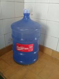 Galão de água