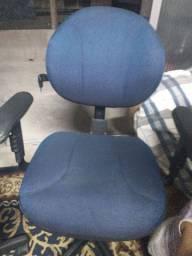 Cadeira com rodinha