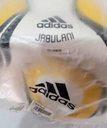 IMPERDÍVEL : Relíquia bola JABULANI  Adidas Oficial Copa do Mundo nova