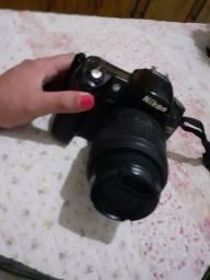 Camera  profissional  da Nikon 1.000,00