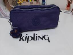 Estojo Kipling Chap Roxo Original