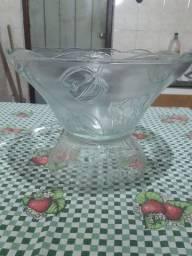 Poncheira de vidro