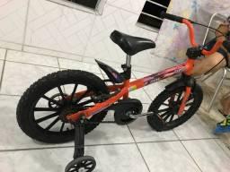 Vendo bike modelo infantil usada poucas vezes