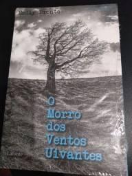 Livro : O Morro dos ventos Uivantes.