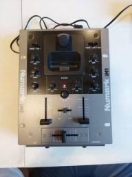 DJ Mixer Numark iM1 em ótimo estado com fonte bi volt