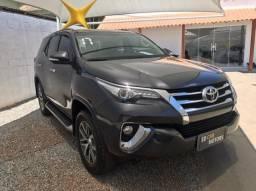 Toyota Hilux Sw4 2.8 - Diesel - 2017 - 5 Lugares