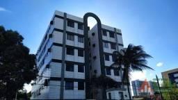 Apartamento com 3 dormitórios à venda, 66 m² por R$ 270.000,00 - Campo Grande - Recife/PE