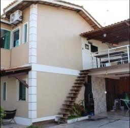 Aluga-se casa em condomínio em Dias dAvila