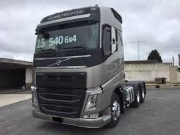 Volvo FH 540 6x4 Cinza 2015
