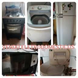 Vendo Eletrodomésticos: Batedeira Fogão Forno Geladeira Liquidificador Máquina de lavar