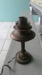 Abajur de bronze