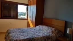 Apartamento 2 dormitórios na rua principal de Canela