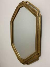 Espelho com moldura 35 cm x 52 cm