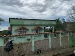 Alugo casa em iriri