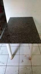 Vendo esta mesa de mármore