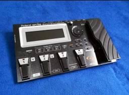 Roland GR55 Guitar Synthesizer com Gk3 (pedaleira completa)