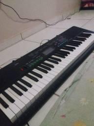 Vendo teclado novo na caixa cassio ctk3400  usb
