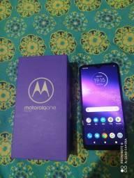 Motorola one macro  64gb 4 de ram