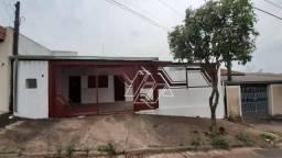 Casa com 2 dormitórios para alugar por R$ 800,00/mês - Palmital - Marília/SP