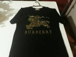 Camiseta estampa de São Jorge em dourado-marca Burberry -Tam. M. Original. Nova!