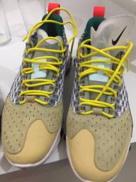 Tênis Nike usado poucas vezes