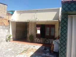 Casa p/ Financiar na Rua Nova px. Alferes Costa